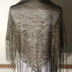 Vintage women's golden triangle scarf with fringes